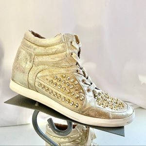 Jessica Simpson Trebble Gold Spike Sneakers 8.5